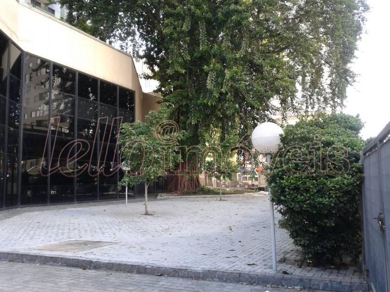 Prédio comercial à Venda - Santa Cecília